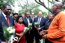 Mandla Mandela receiving Sports and Recreation Minister Fikile Mbalula, Arts and Culture Minister Paul Mashatile and Deputy Minister Gert Oosthuysen accompanied by individuals from sporting codes at Nelson Mandela's house in Houghton